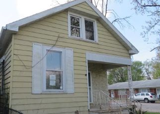 Foreclosed Home in Evansville 47711 E ILLINOIS ST - Property ID: 4480625242