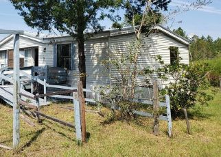 Foreclosed Home in Glen Saint Mary 32040 KENNETH WALKER RD - Property ID: 4480757968