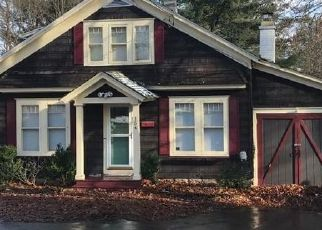 Foreclosed Home in Norwich 13815 N BROAD ST - Property ID: 4480813579