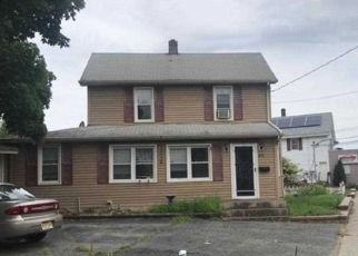 Foreclosed Home in Haskell 07420 RINGWOOD AVE - Property ID: 4480906422