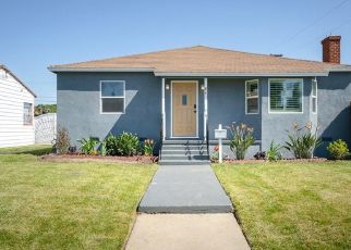 Foreclosed Home in Los Angeles 90059 E 116TH PL - Property ID: 4481007150