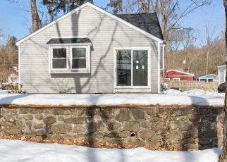 Foreclosed Home in Putnam Valley 10579 ORCHARD RD - Property ID: 4481253297