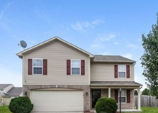 Foreclosed Home in Indianapolis 46235 CARROLL FARMS DR - Property ID: 4481339136