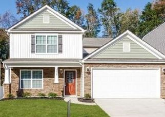 Foreclosed Home in Charlotte 28214 NICCOLINE LN - Property ID: 4481633911