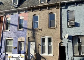 Foreclosed Home in York 17401 W CLARKE AVE - Property ID: 4481652291