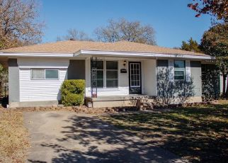 Foreclosed Home in Duncanville 75116 W CHERRY ST - Property ID: 4481699600