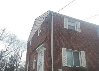 Foreclosed Home in Capitol Heights 20743 71ST AVE - Property ID: 4481757405