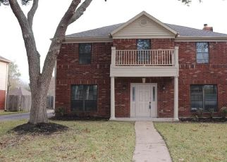 Foreclosed Home in Houston 77062 CARDINAL CREEK CT - Property ID: 4481804718