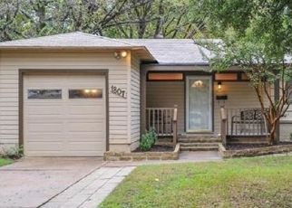 Foreclosed Home in Arlington 76013 JACKSON DR - Property ID: 4481812145