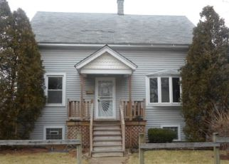 Foreclosed Home in Chicago 60628 S YALE AVE - Property ID: 4481818283
