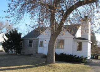 Foreclosed Home in Minneapolis 55429 FRANCE AVE N - Property ID: 4481959764