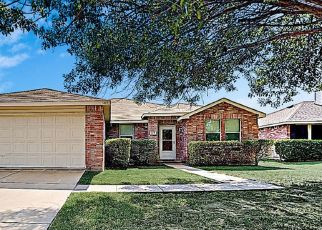 Foreclosed Home in Burleson 76028 DANDELION TRL - Property ID: 4482194508