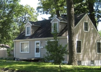 Foreclosed Home in Hobart 46342 S JOLIET ST - Property ID: 4482213332