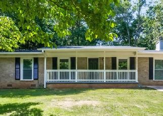 Foreclosed Home in Mableton 30126 MAPLE VALLEY RD SW - Property ID: 4482236554
