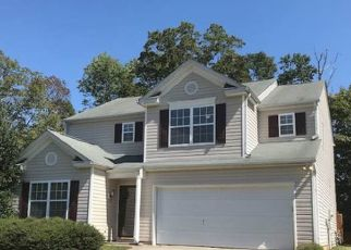 Foreclosed Home in Charlotte 28216 RUSTIC VIEW CT - Property ID: 4482244435