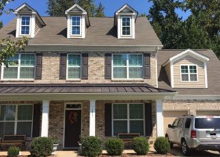 Foreclosed Home in Huntersville 28078 MCDOWELL RUN DR - Property ID: 4482250565