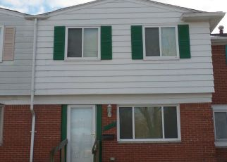Foreclosed Home in Clinton Township 48035 BRIAN CT - Property ID: 4482308831