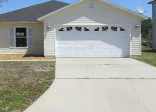 Foreclosed Home in Jacksonville 32218 MORNING LIGHT RD - Property ID: 4482334214