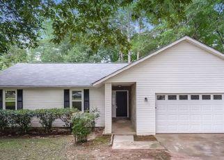 Foreclosed Home in Jonesboro 30236 SUGARLAND DR - Property ID: 4482351749
