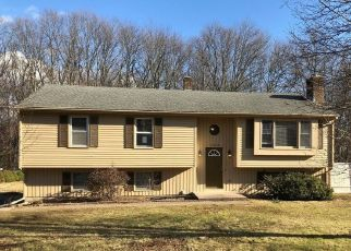 Foreclosed Home in Cromwell 06416 SHUNPIKE RD - Property ID: 4482387206