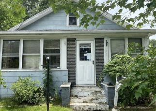 Foreclosed Home in Springfield 01109 BARBER ST - Property ID: 4482388533