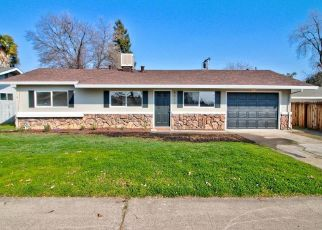 Foreclosed Home in Citrus Heights 95621 LICHEN DR - Property ID: 4482403420