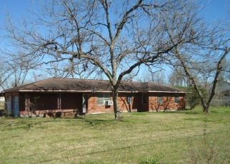 Foreclosed Home in Houston 77037 W LORINO ST - Property ID: 4482421827