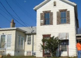 Foreclosed Home in Dayton 41074 4TH AVE - Property ID: 4482445919