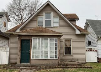 Foreclosed Home in Indianapolis 46201 N DENNY ST - Property ID: 4482581231