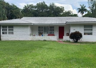 Foreclosed Home in Miami 33161 NE 121ST ST - Property ID: 4482985943