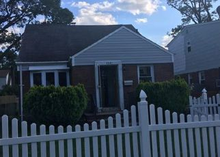 Foreclosed Home in Hempstead 11550 W MARSHALL ST - Property ID: 4483023144