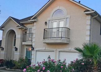Foreclosed Home in Helotes 78023 PASTURA PASS - Property ID: 4483054242