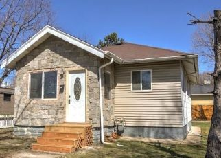 Foreclosed Home in Saint Paul 55102 JEFFERSON AVE - Property ID: 4483063448
