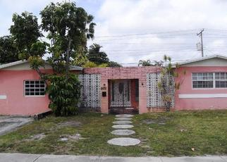 Foreclosed Home in Miami 33165 SW 16TH TER - Property ID: 4483240388