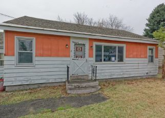Foreclosed Home in Schenectady 12304 MEMORY LN - Property ID: 4483346379