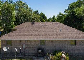 Foreclosed Home in Holt 32564 GILMORE RD - Property ID: 4483728735