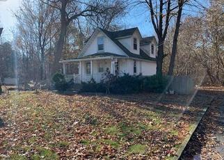 Foreclosed Home in Bohemia 11716 BOHEMIA PKWY - Property ID: 4483974433