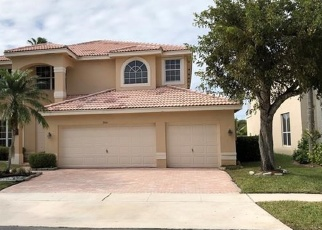 Foreclosed Home in Hollywood 33029 SW 183RD AVE - Property ID: 4484123342