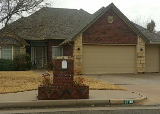 Foreclosed Home in Edmond 73013 NW 154TH ST - Property ID: 4484249930