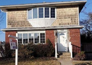 Foreclosed Home in Hicksville 11801 CHESTNUT ST - Property ID: 4484315619