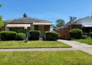 Foreclosed Home in Detroit 48219 BLACKSTONE ST - Property ID: 4484389640