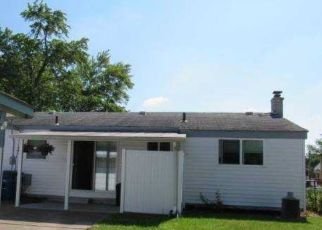 Foreclosed Home in Westland 48186 DENICE ST - Property ID: 4484391831