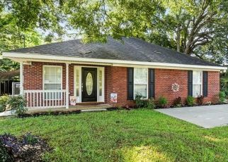 Foreclosed Home in Mobile 36606 WESTWOOD ST - Property ID: 4484394901