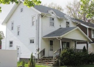 Foreclosed Home in Lansing 48906 ILLINOIS AVE - Property ID: 4484467596