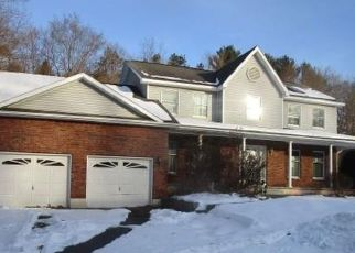Foreclosed Home in Schenectady 12306 CYPRIANA TER - Property ID: 4484517973