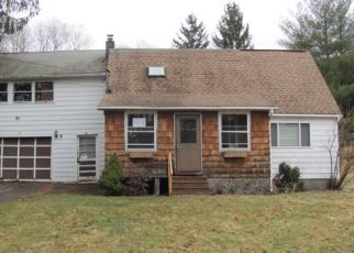Foreclosed Home in Windsor 13865 DUNBAR RD - Property ID: 4484629647