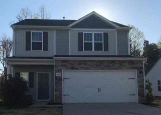 Foreclosed Home in Charlotte 28227 SPRINGBEAUTY DR - Property ID: 4484671696