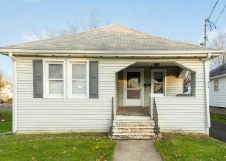 Foreclosed Home in Vestal 13850 MAIN ST - Property ID: 4484775940
