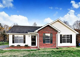 Foreclosed Home in Wingate 28174 WINDSONG WAY - Property ID: 4484891553