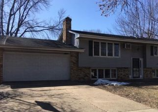 Foreclosed Home in Burnsville 55337 TAMARACK LN - Property ID: 4484979135